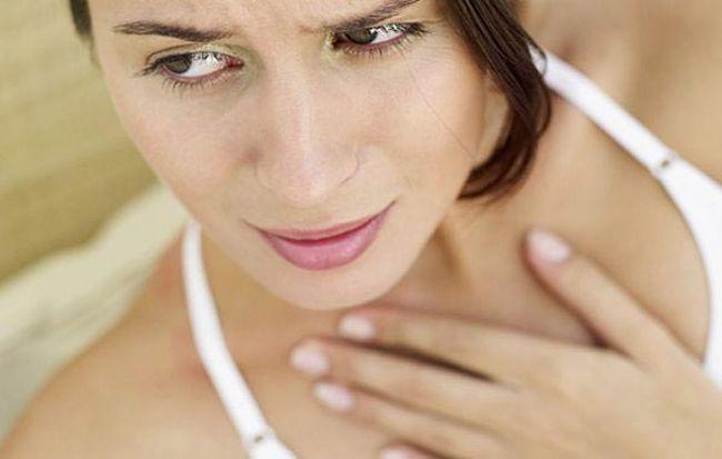 Сладкий привкус во рту может появиться, если в рационе преобладают продукты с высокой концентрацией глюкозы