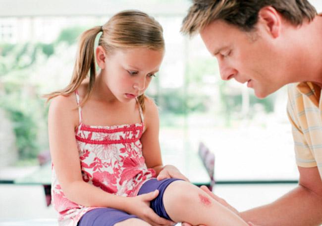 После постановки диагноза, специалист определяет, как лечить стрептодермию у детей