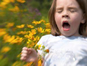 """В наше время аллергия у ребенка уже стала нормой, поэтому такие лекарственные препараты как Супрастин стали """"постояльцем"""" в домашних аптечках"""