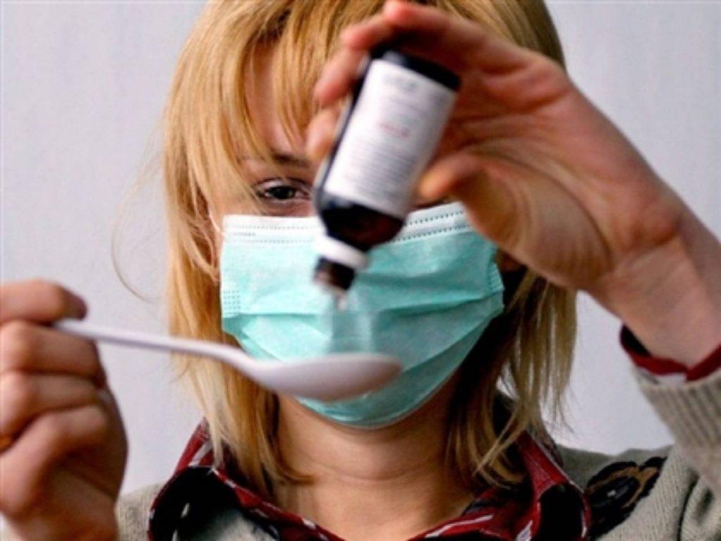 Лекарство без проблем применяется пациентами любого возраста и даже при проблемах с ЖКТ, просто в таких случаях используются таблетки