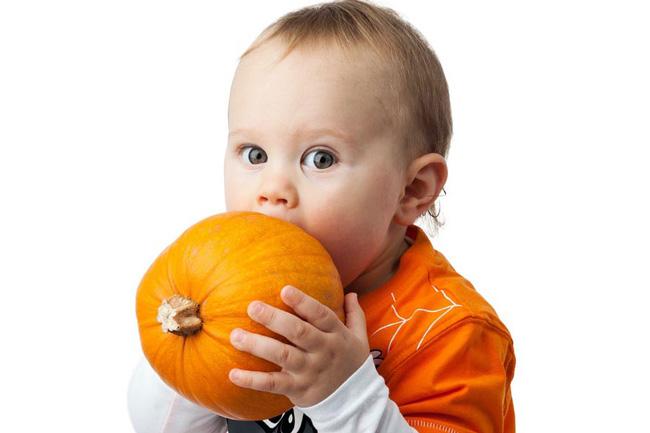 Тыквенные семечки помогут вывести глисты у детей, а регулярный прием небольших порций улучшит осанку ребенка