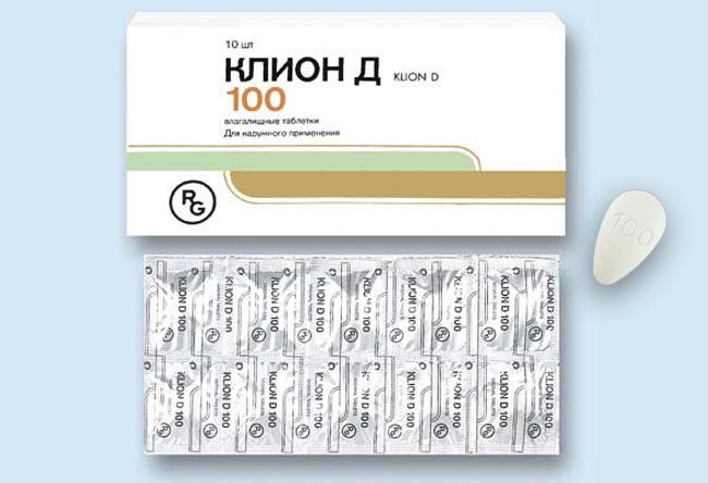 Препарат Клион-Д выпускается в виде вагинальных таблеток. Таблетки белого цвета, двояковыпуклые, миндалевидной формы. Один конец округлый, другой – заостренный, поверхность таблетки слегка шероховатая