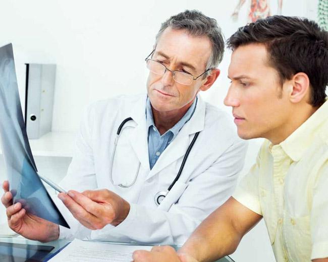 Регулярное посещение уролога, поможет выявить болезнь на ранних стадиях
