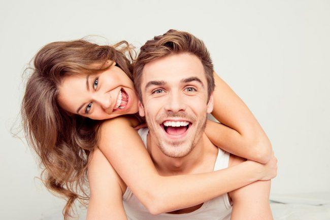 Perfect Smile Veneers мгновенно подарят вам миллион долларов! Эти невероятные съемные виниры дают вам прекрасную улыбку, которой вы можете гордиться