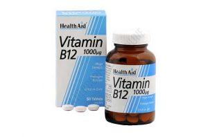 Несмотря на всю полезность от приема витамина В12, принимать этот препарат нужно строго по инструкции или назначению врача, поскольку возможны нежелательные побочные явления