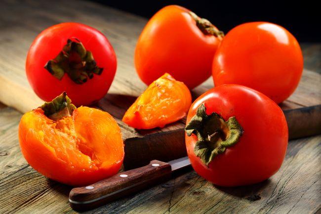 Хурма укрепляет иммунитет и насыщает организм витаминами