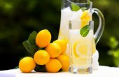 Water with lemon – benefit and harm, how to use?