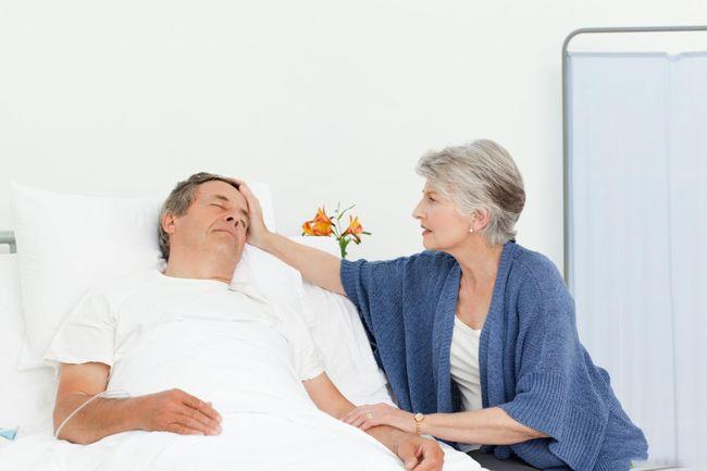 После хирургического вмешательства можно полностью восстановить работу кишечника