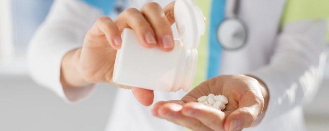 Отравление анальгином можно избежать с помощью строгого соблюдения дозировки прописанной врачом. Также перед применением препарата следует внимательно прочесть инструкцию