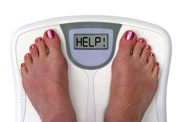 Избыточный вес может являться причиной зуда в заднем проходе